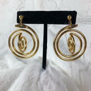 Avon Metallic Spiral earrings goldtone retro